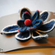 Blue-and-red-flower-2_listing