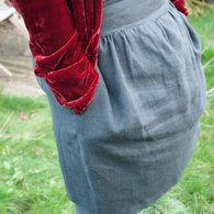 Grey_skirt_side_front_view_listing