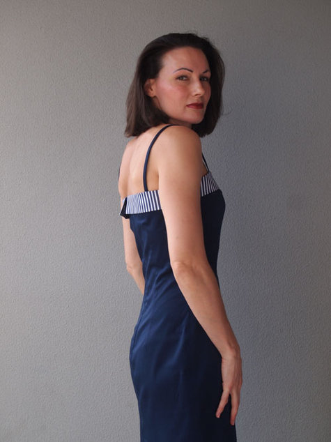 Navydress_side_large