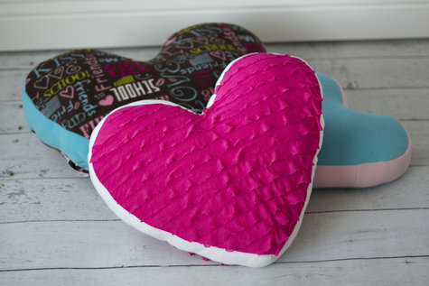 Heart_pillow_011912_6250_large