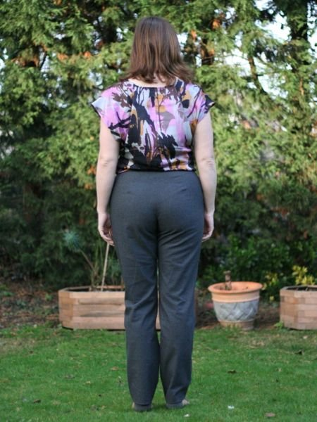 Grey_flannel_trousers_-_back_view_large
