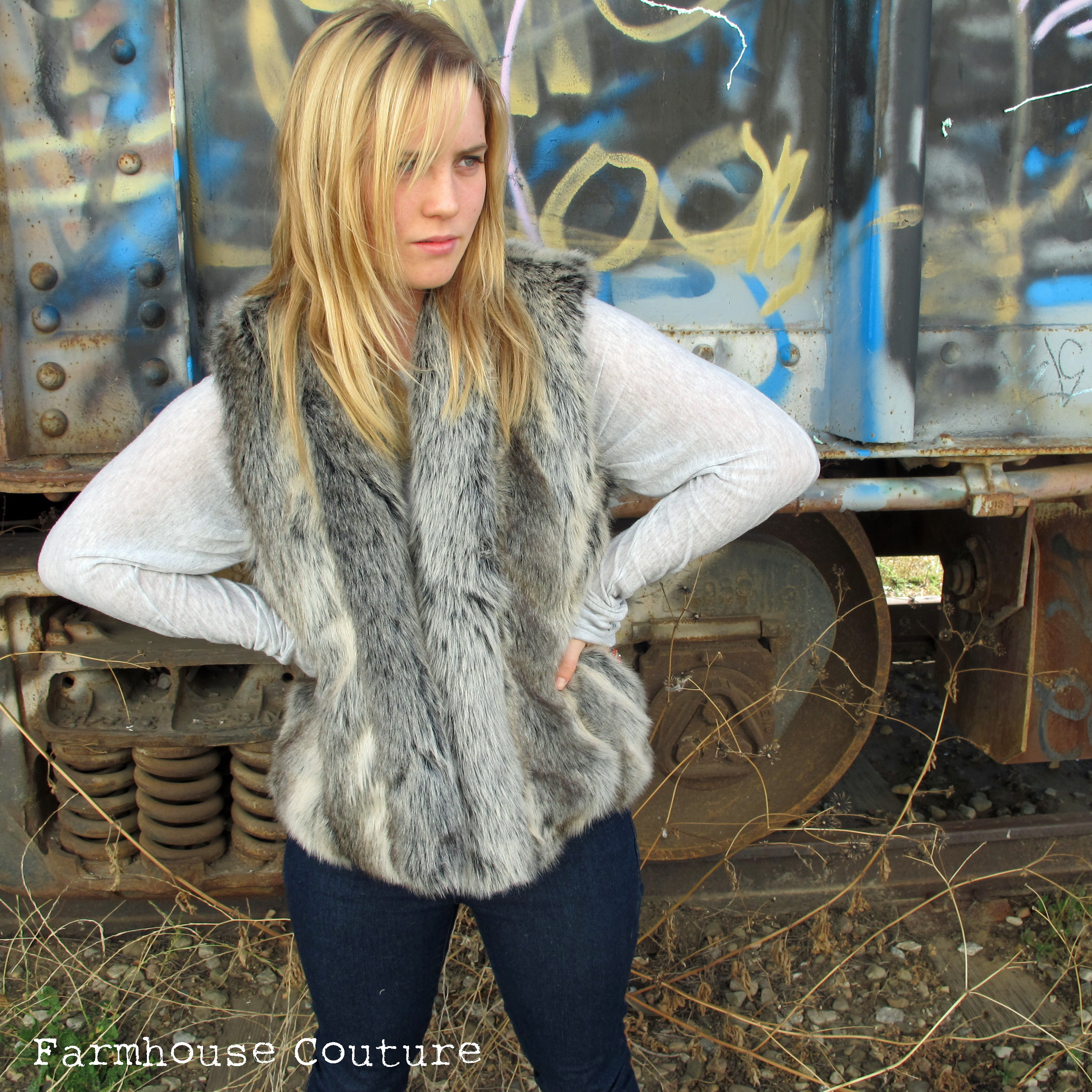Sewing A Fake Fur Vest Sewing Projects Burdastyle Com