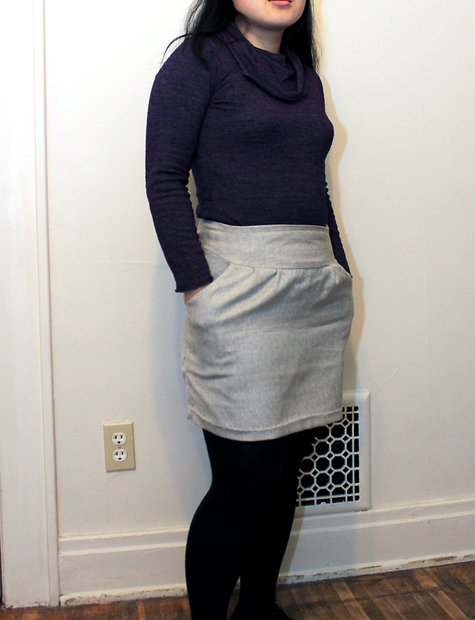 0112_grayskirt_large