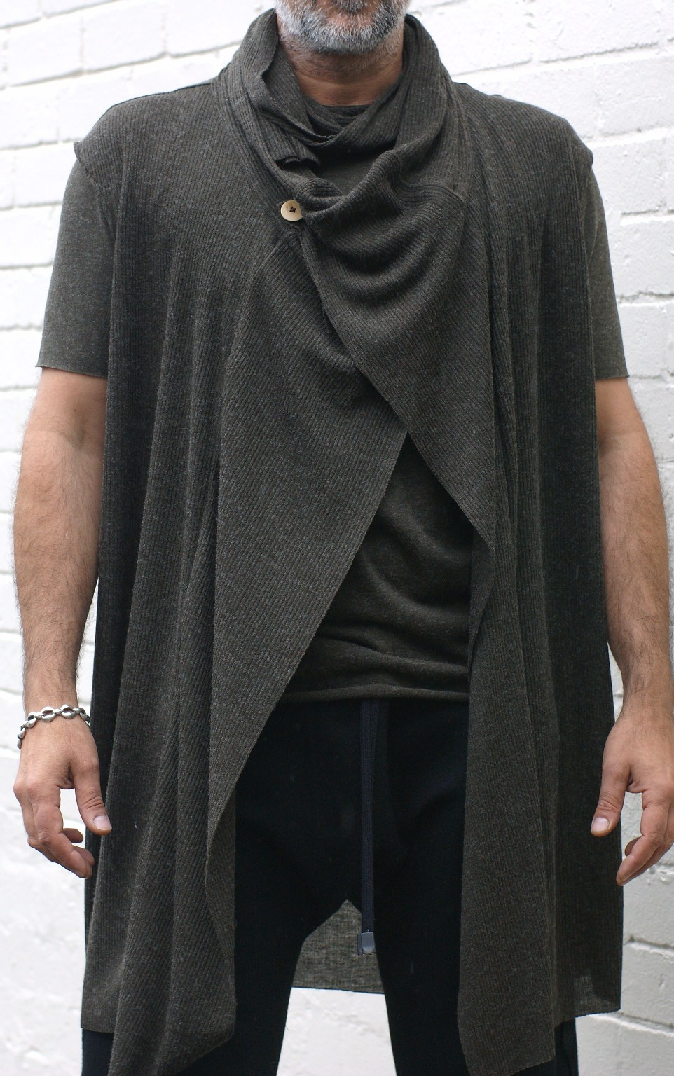 T Shirt And Sleeveless Drape Cardigan Sewing Projects
