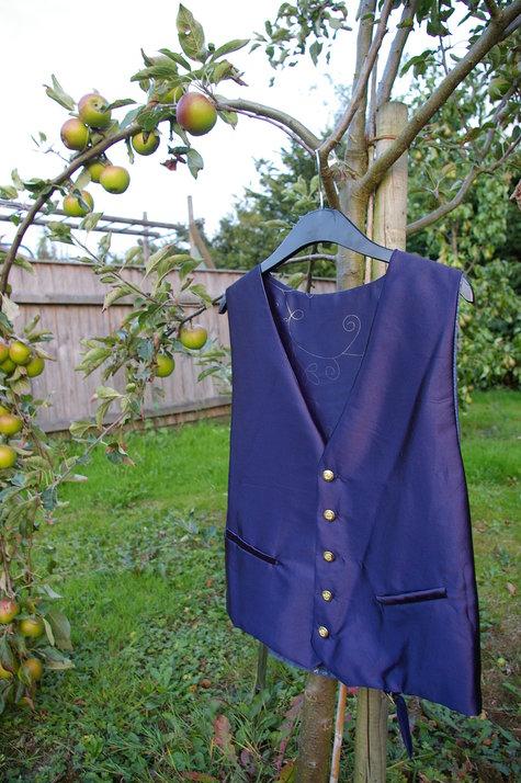 A_waistcoat_large