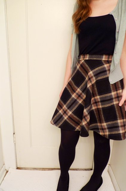 Wool_plaid_skirt_014_large