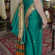 Green_sari-2_listing