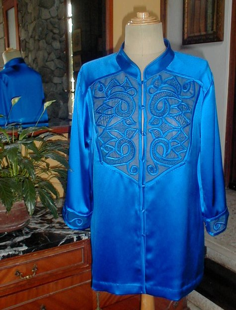 Blue_tunic-3_large