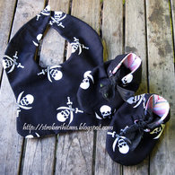 Babybib-pirate_listing