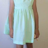 Green_dress_model_listing