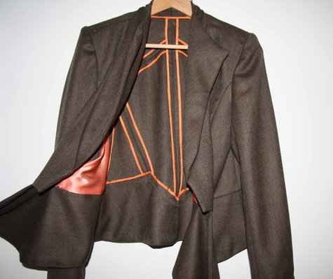 V8739_vogue_suit_jacket_large