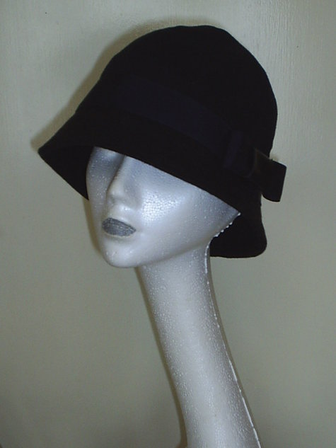 Cloche_-classic_trendy_119__large