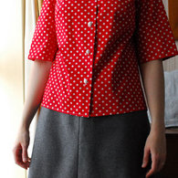 Redblouse1_listing