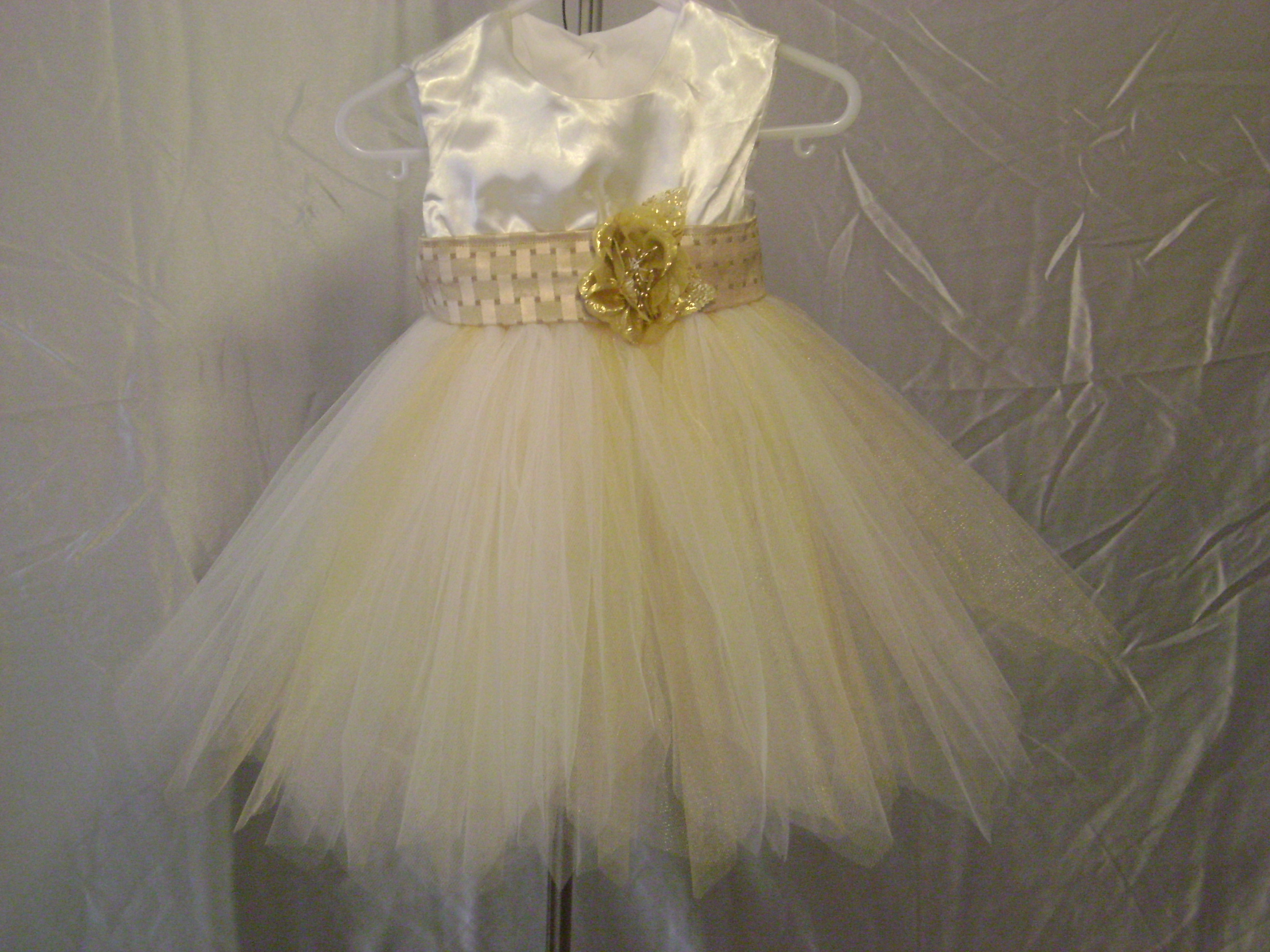 Gold Flower Girl Dress – Sewing Projects