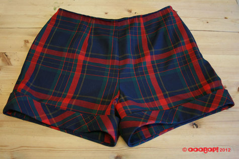 Plaid_shorts_simplicity_2659_large