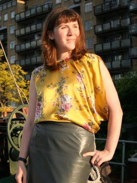 Golden_silk_blouse_-_looking_up_large
