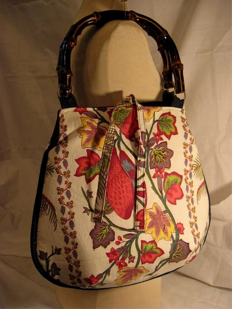 Hobo_strawberryfun_bamboohandle_front_large