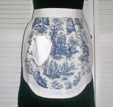 60__navy_toile_on_large
