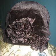 Black_velvet_hat_listing
