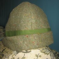 Green_wool_cloche_listing