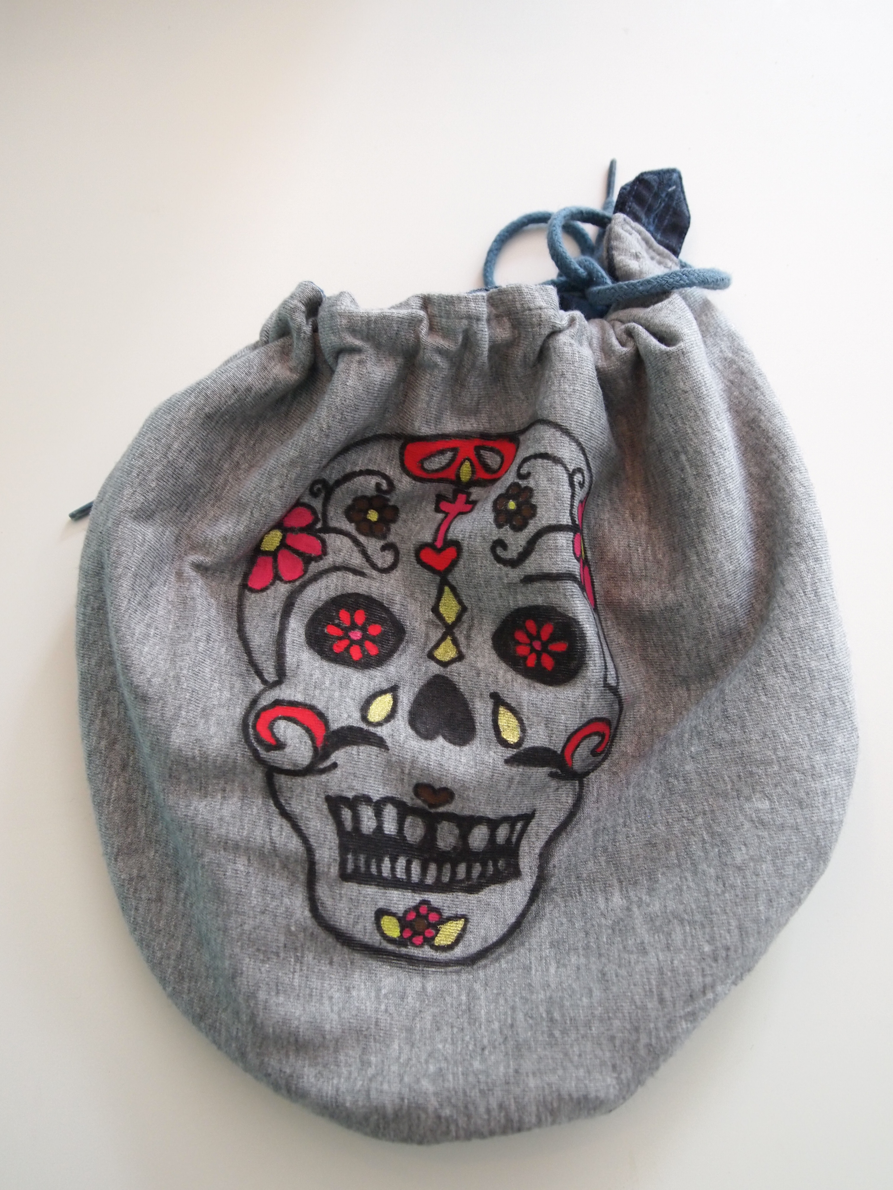 Day Of The Dead Skull Recycled Bag Sewing Projects