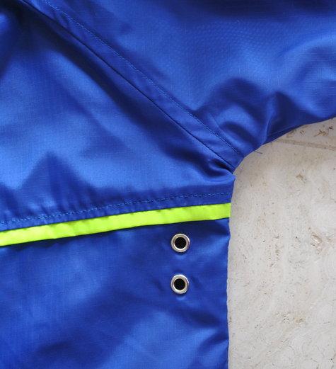 Raincoat5_large