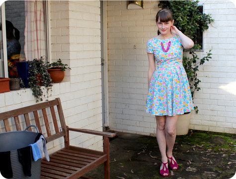 Simplicity2444-floraldress-01_large