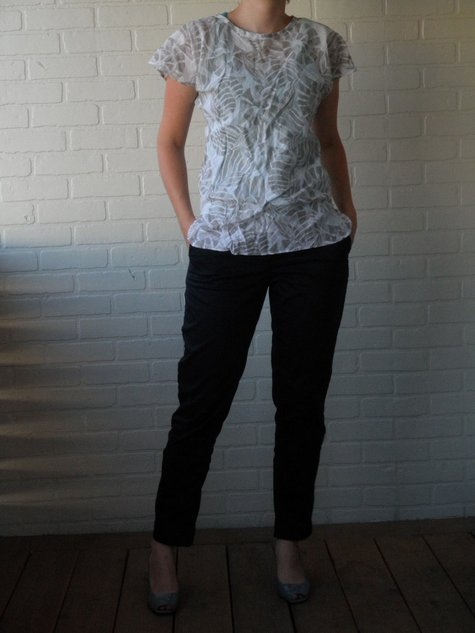 Pants_and_shirt_front_large