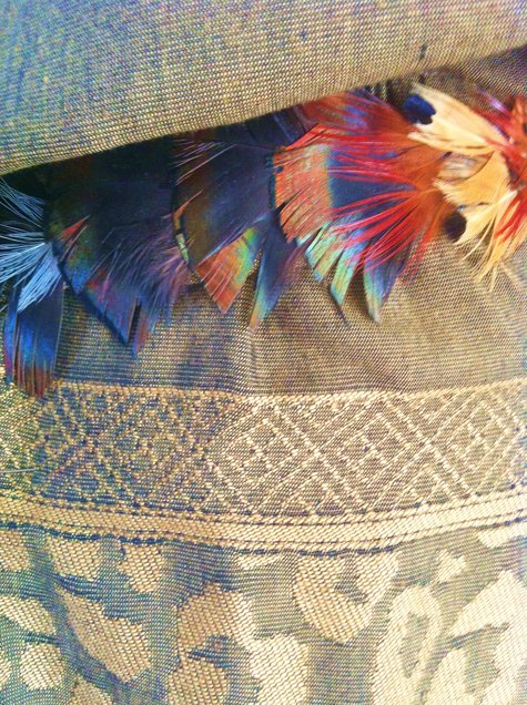 Feather_belt_detail_large