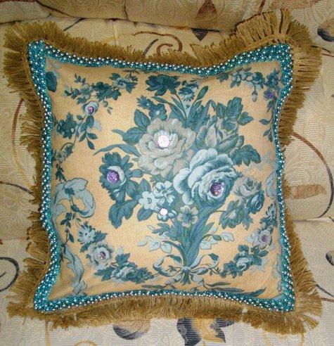 Blue_cushion_large