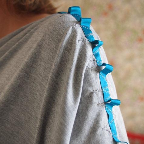 Free nursing poncho pattern