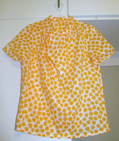 Burda_scarf_blouse_-_yellow_dots_1_large