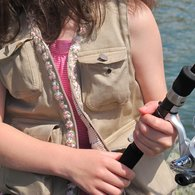 Fishing_vest_close_up_of_front_listing