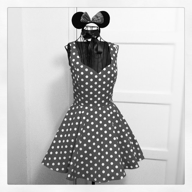 Minnie Mouse Costume Full Circle Skirt Sewing Projects