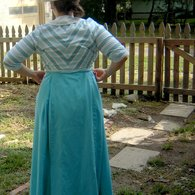 Titanic_costume_back_view_listing