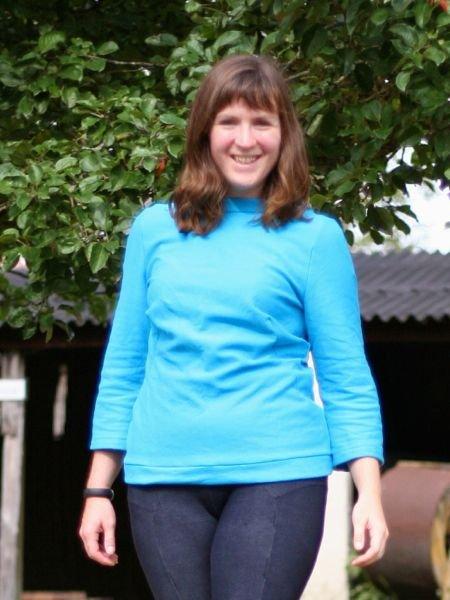 Turquoise_sweatshirt_large