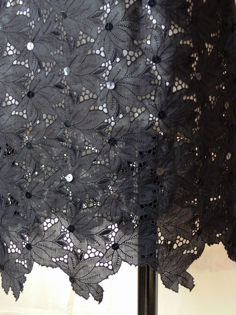 Black_lace_dress_hem_large
