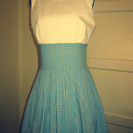 Dorothy_wizard_of_oz_costume_listing