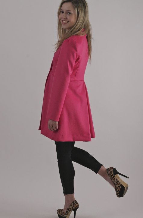 Pink_coat_100_large