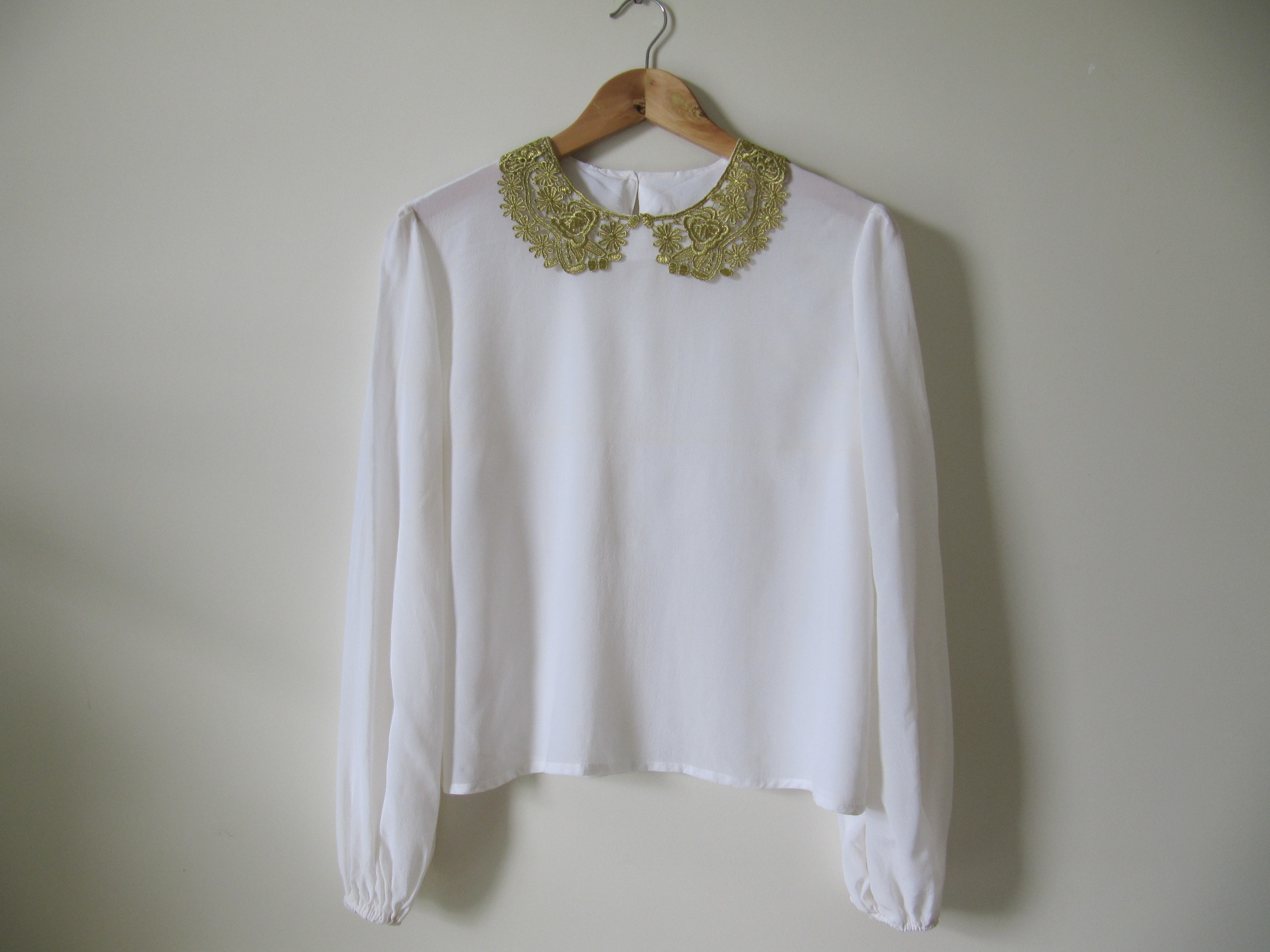Free peter pan collar blouse pattern peach chevron blouse for Peter pan shirt pattern
