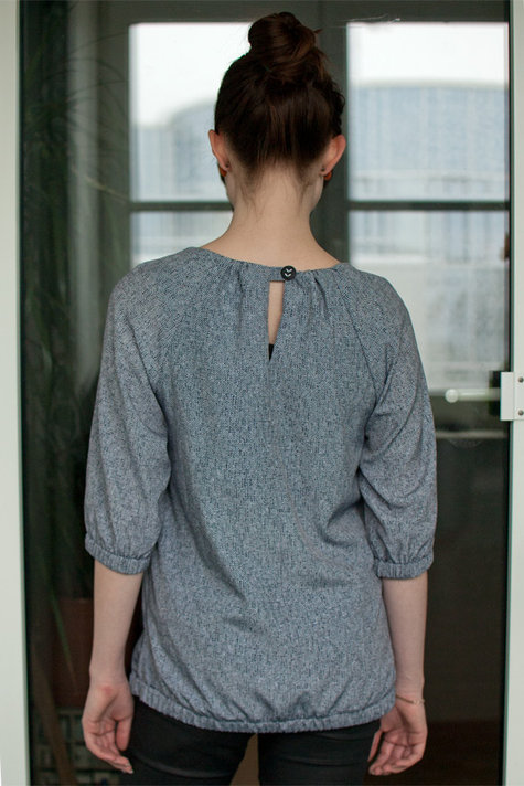 Back_shirt_mama_large
