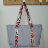 Tote_bag_in_tea_garden5_copy_listing