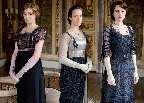 The_sisters_crawley-_lady_edith_lady_mary_and_lady_sybil_season_2_large