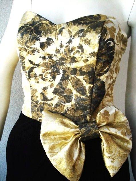 Gold_black_035_large