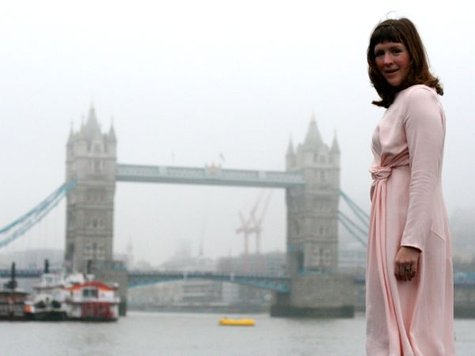 Pale_pink_dress_-_with_bridge_large