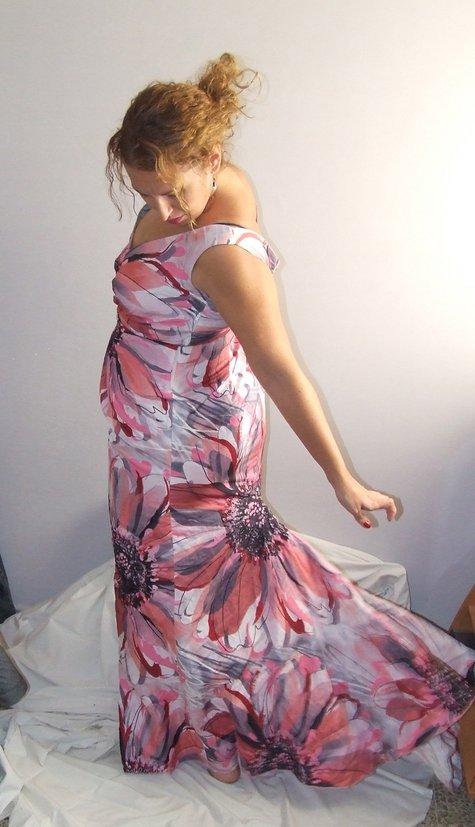 Vestido_cola_large
