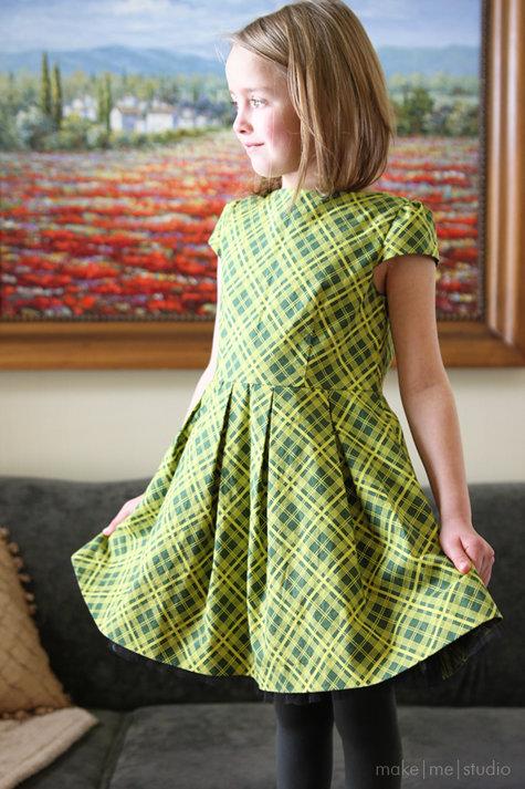 Burda09-12-152_dressfront_large