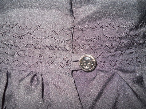 Peplum_blouse_detail_large