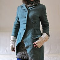 Amadeus_coat_01_listing