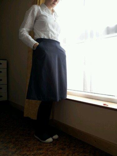 Greyskirt2_large